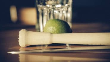 how to muddle a drink